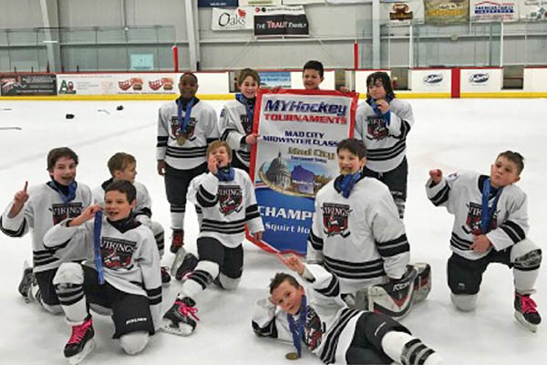 193330994 H-F Vikings Youth Hockey players bring home awards | HF Chronicle