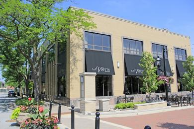 19. La Banque Hotel now occupies the former bank building at 2034 Ridge Road.